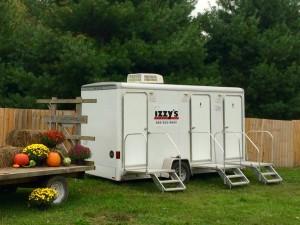 restroom-trailer